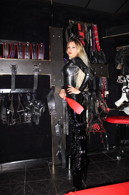 Mistress Emma Boundaries